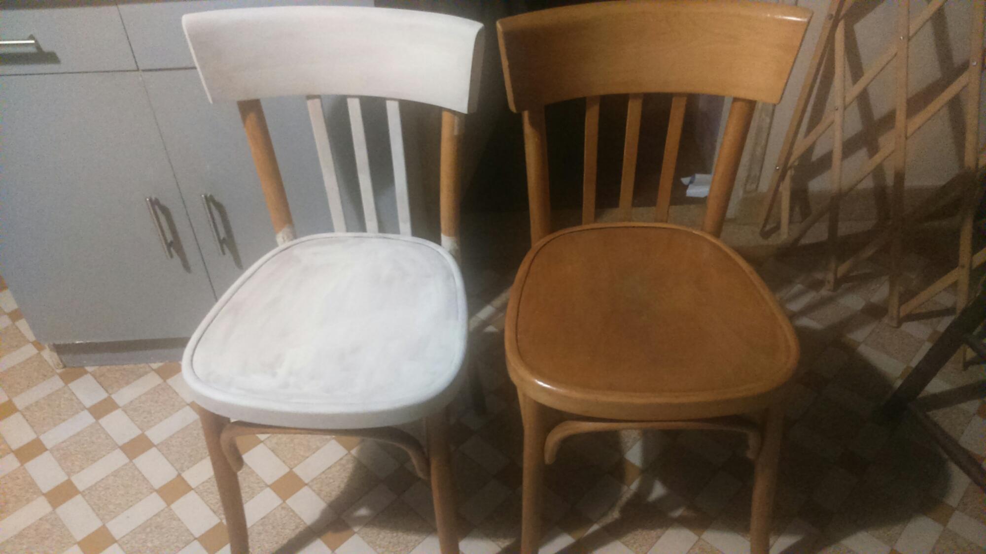 Chaise En Bois Repeinte relooker des chaises bistrot avec de la peinture à la craie