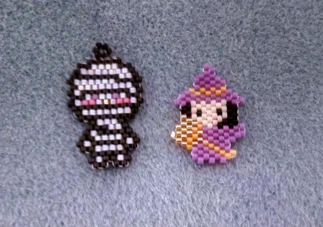 sorcière et momie lebazardemilipuce motifs beadcrumbs